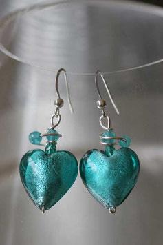 Boucles d'oreilles en coeur bleu vert lagon et spirale