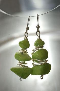 Boucles d'oreilles en pierres vertes