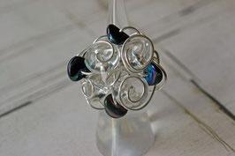 Bague cristal de roche et perles noires moirées