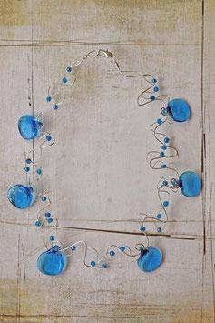 Collier palets ronds bleu vif