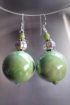 Grosses boucles d'oreilles en céramique verte