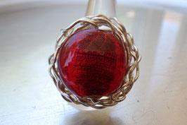 Bague ronde en verre rouge