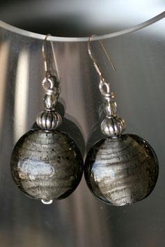 Boucles d'oreilles bombées grises