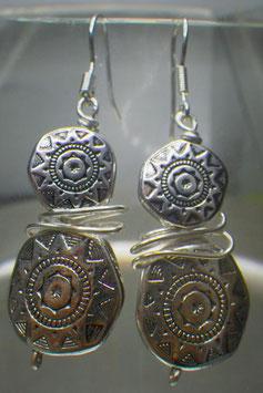 Boucles d'oreilles doubles perles gravées