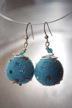Boucles en laine bouillie bleu turquoise