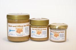 Honig mit Zimt und Nüsse