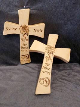 Zirbenkreuz zur Hochzeit