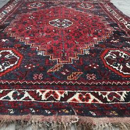 Geometric Shiraz Nomad Rug, Persia, 118 x 162 cm