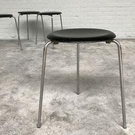 Original three-legged DOT Stool by Arne Jacobsen for Fritz Hansen, 1965