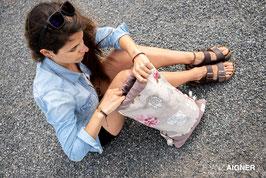 Gymbag aus Natur-Leinenstoff blau oder rosa geblumt