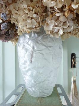 Art Deco Glas Vase mit Blumen Relief satiniert Frankreich
