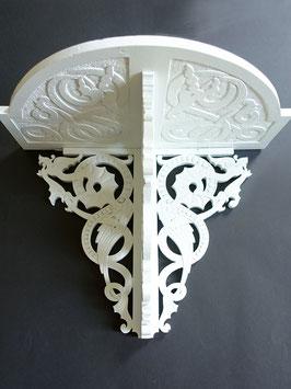 Antikes Blumenregal mit Drachen-Dekor