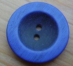 Knopf 2 Loch blauer Rand schwarzes Innenteil 24mm kbl63