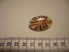 """Knopf oval mit Öse beige mit """"Federzeichnung"""" 35mm UK 48615"""