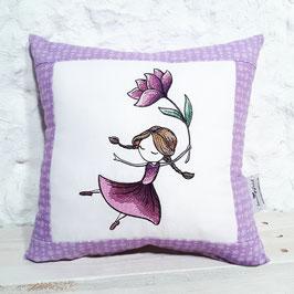 "Kissen ""Blumenmädchen lila"""
