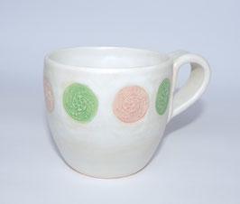 Kaffee - oder Teetasse, weiß mit Ornament Muster