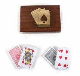 Box mit Rommé-Karten - Holzbox mit Messingeinlagen