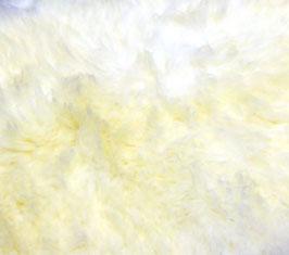 Pflanzlich gegerbte Lammfelle – von glücklichen Schafen