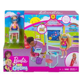 Barbie Club Chelsea Diversión en la Escuela