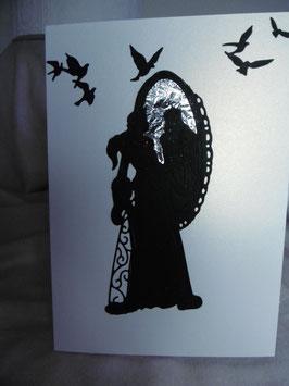Dame vor Spiegel Scherenschnittpapier