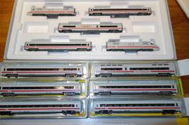 """Trix 16941 + 6 passende Zusatzwagen  mit Digital + Sound und 2 der Zusatzwagen mit Licht """" Neuwertig , kaum gebraucht """""""