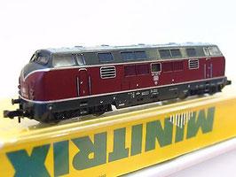 Minitrix: 51 2061 00 Diesellokomotive BR 221 der DB,  OVP