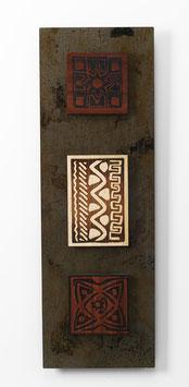 Tilasa. Quadro etnico. Composizione in metallo e legno. Tavolette magnetiche componibili.