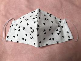 Stoffmaske weiss mit Dreiecken