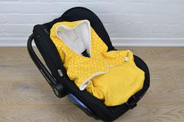 Einschlagdecke für Babyschale mit Wunschname