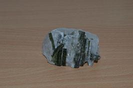 Turmalin-Stufe, grün in Bergkristall - 2