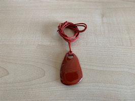 Jaspis rot-Wellenstein-Anhänger, mit Lederband