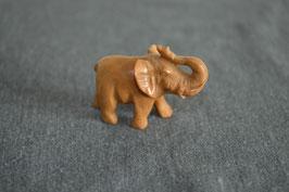 Mookait-Elefant, klein