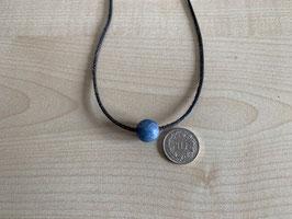 Blauquarz-Kugel 1,2 cm, gebohrt