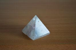 Fluorit-Pyramide - 1