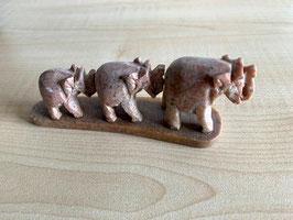 Speckstein-Elefanten, 3er Gruppe auf Speckstein-Platte - 9