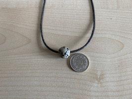 Dalmatiner-Jaspis-Kugel 1,2 cm, gebohrt