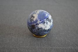 Sodalith-Kugel, 4,9 cm