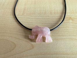 Rosenquarz-Elefant-Anhänger, gebohrt