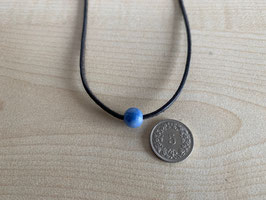 Blauquarz-Kugel 0,8 cm, gebohrt