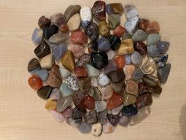 1 kg Trommelsteine, gemischt, 1 bis 4 cm