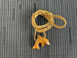 Tigerauge-Delfin-Anhänger, gebohrt, mit Lederband