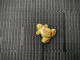 Unakit-Frosch-Anhänger, gebohrt
