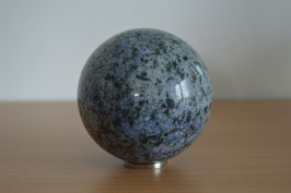 Granit-Kugel, 10 cm - 1