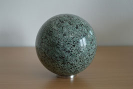 Granit-Kugel, 10 cm - 2