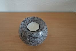 Granit-Kugel mit Teelicht - 2