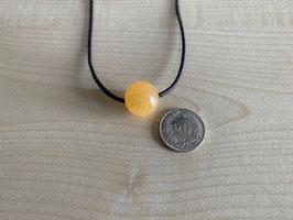 Orangencalcit-Kugel 1,6 cm, gebohrt
