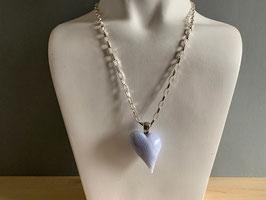 Chalcedon blau-Herz, geschwungen an Silberöse