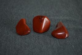 Jaspis-Trommelstein, rot