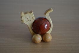Holz-Rolltier Katze gross mit Edelstein-Kugel Jaspis, rot 4 cm