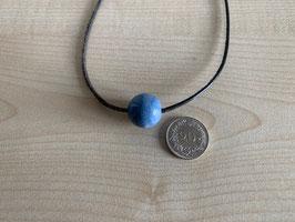 Blauquarz-Kugel 1,6 cm, gebohrt